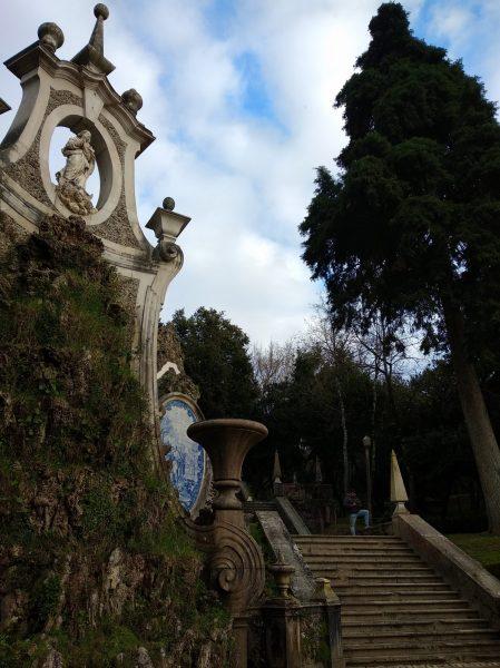 parque de santa cruz coimbra con niños