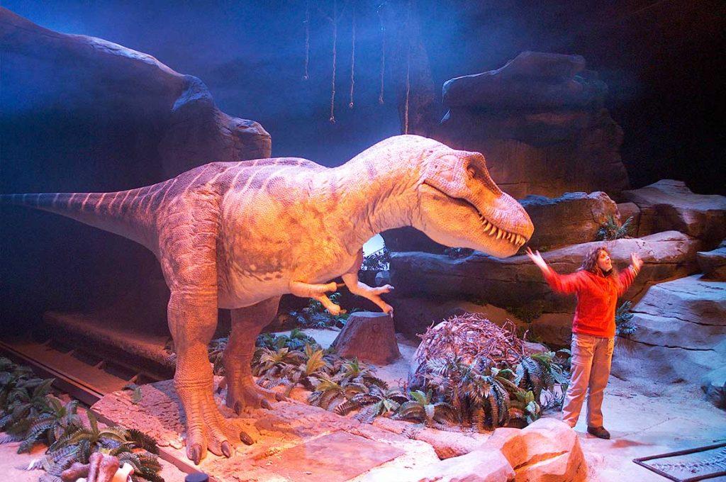 lugares imprescindibles para amantes de los dinosaurios dinopolis