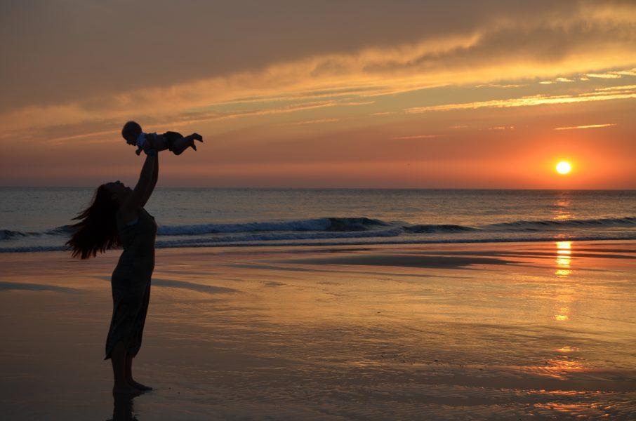 7 playas ideales para ir con niños elegidas por familias viajeras