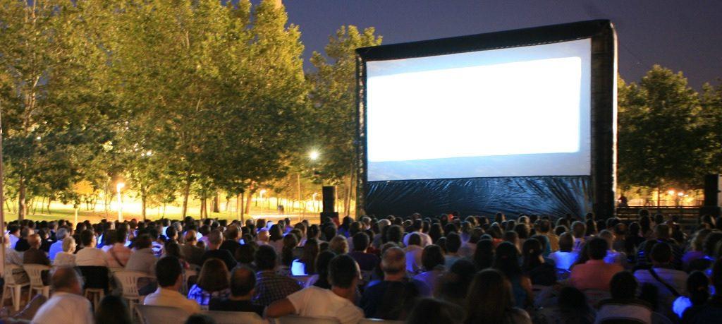cine de verano la bombilla