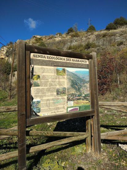 Cartel explicativo de la Senda del Barranco