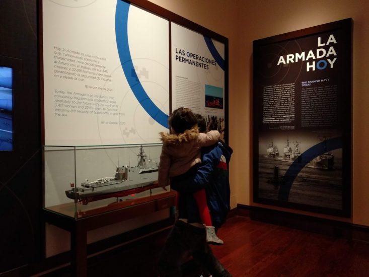 Interior del museo, paneles explicativos