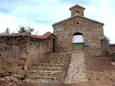 Entrada en rampa a la ermita