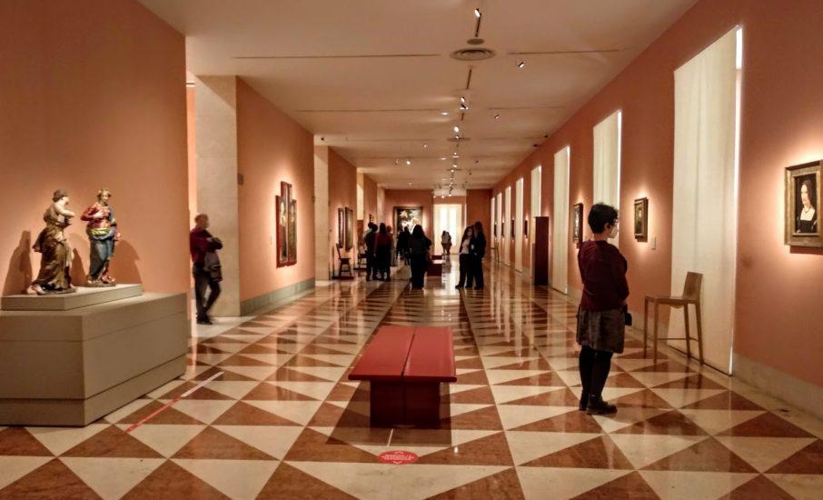 Imagen de una de las galerías de cuadros